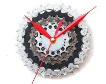 Bicycle Wall Clock, Modern Wall Clock, Industrial Wall Clock, Steampunk Wall Clock, Boyfriend Gift, Husband Gift, Father Gift, Gear Clock