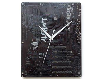 Dark Brown Wall Clock, Circuit Board Clock, Computer Clock, Unique Wall Clock, Unique Gift, Boyfriend Gift, Husband Gift, Christmas gift