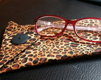EYE GLASS CASES-Leopard n' Black (Phone & glasses not included)