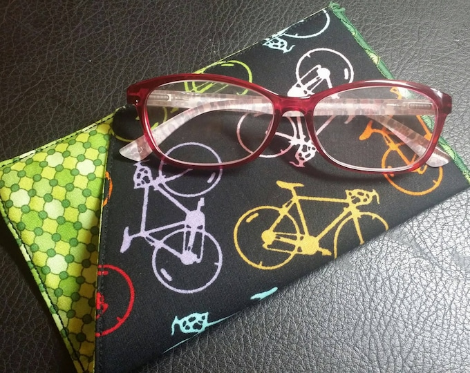 EYE GLASS CASE-Sleeve-Bicycles n' Green (Phone & glasses not included)