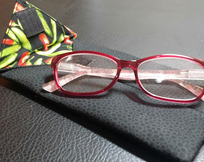 EYE GLASS CASES-Black n' Hot Peppers (Phone & glasses not included)