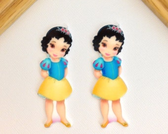 Top-Notch Snow White Flat Resin Cabochon Eye Catching Snow White Resin for hair bow center. Princess Snow White Flat Cabochon Beautiful