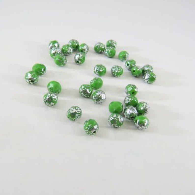 Czech 6MM Green Beads w Silver Picasso Glaze Round Faceted Fire Polished Glass Medium Pea or Phthalo Green 40 Beads PFP6MM056