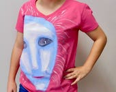 Pink Tee shirt with a blue and white quot inner being quot hand painted by Jennifer Ann Meade. Part of the I.B.I.S collection.