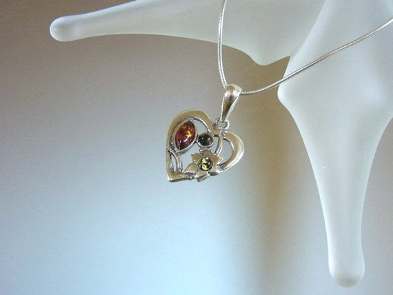 BALTIC HONEY or MULTICOLOR AMBER /& STERLING SILVER HEART or MODERN PENDANT