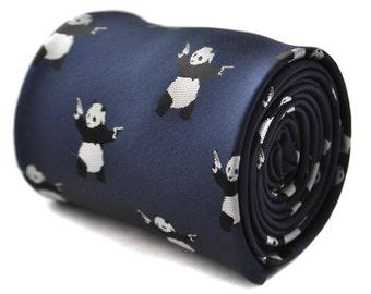 Marina de guerra corbata con diseño de panda de banksy con diseño floral de la firma en la parte trasera de Frederick Thomas FT1799