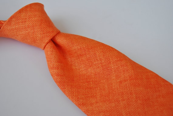 Frederick Thomas mens skinny linen tie in coral red FT1679 RRP£19.99
