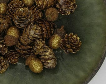 Gold Glitter Acorn and Pinecone Table Scatter, Glitter Potpourri, Glittered Vintage Style Christmas Decor, Holiday Table Scatter