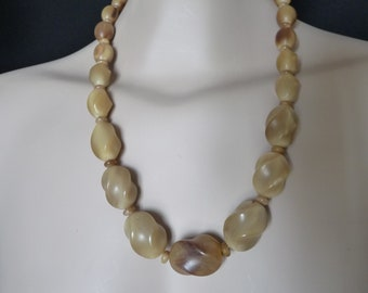 Beaded necklace in bovine Horn - vintage 70s/80s