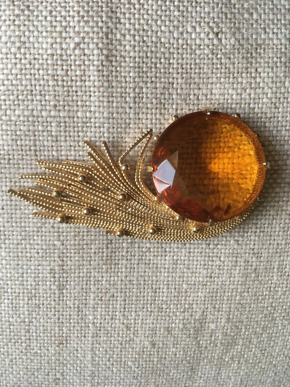 Extravagant Gold Garnet Brooch Needle 333 8 Carat TOP Approx 4 Ct
