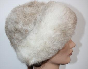 23a6e37b3be 1970 s Faux Fur Hat White Beige Rolled Brim