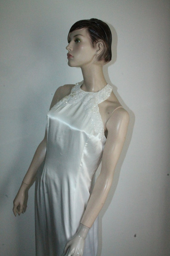 White Satin Sequin Gown by Gunne Sax Size 13 /14 … - image 10