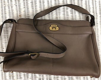 d4ea16515475 Etienne Aigner Taupe Leather Purse