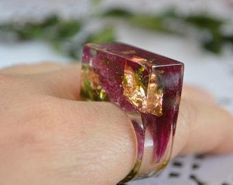 terrarium ring, flower ring statement ring organic jewelry pressed flower resin ring, nature ring fantasy jewelry woodland flower jewelry