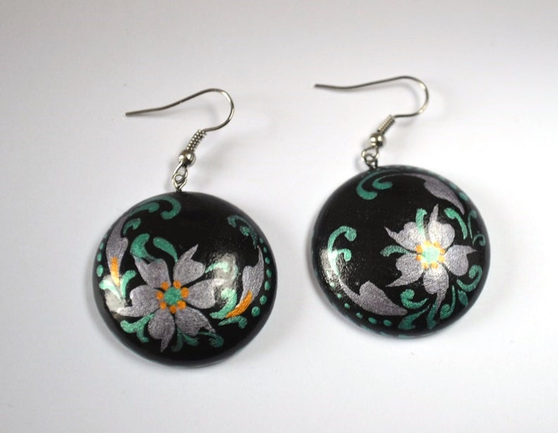 black earrings holiday gift for her mother gift for women romantic Jewelry boho style chic jewelry classic jewelry romantic Jewelry floral