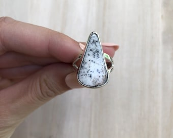 Sterling Silver White Buffalo Turquoise Ring. Size 7