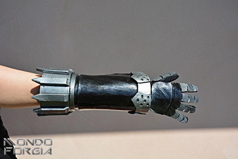 MADE TO ORDER* Devil Breaker Nero robotic arm of Devil May Cry 5 for cosplay larp Dante demons robot prostetic replica mecha Fortuna Capcom