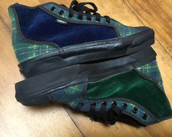 a9b33169f4 Vintage Vans RARE 1980 s Green Plaid   Velvet Hi Top Sneakers Women s Shoes  Size 7.5 Made in USA
