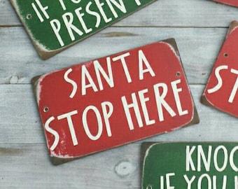 Christmas wreath / Christmas accessory /Christmas sign /Santa Stop Here sign / Holiday wreath