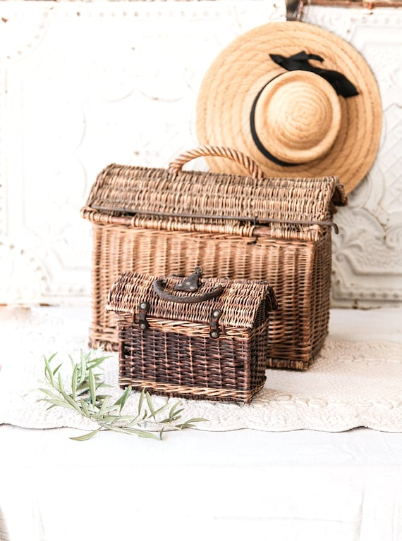 Early 1900s French Wicker and Leather Handwoven H… - image 6