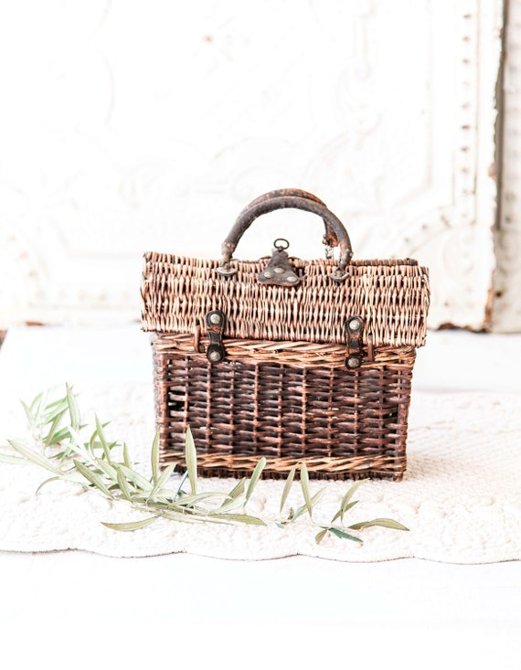 Early 1900s French Wicker and Leather Handwoven H… - image 4