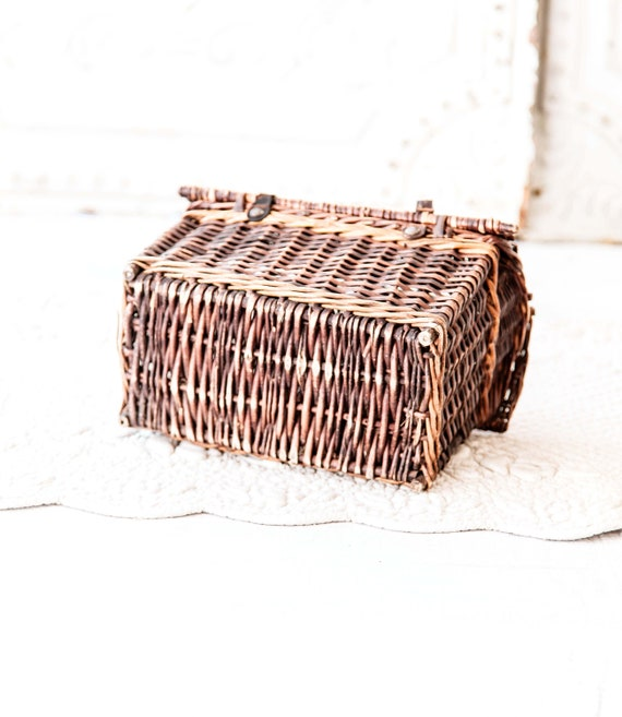 Early 1900s French Wicker and Leather Handwoven H… - image 8