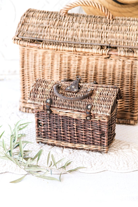 Early 1900s French Wicker and Leather Handwoven H… - image 2