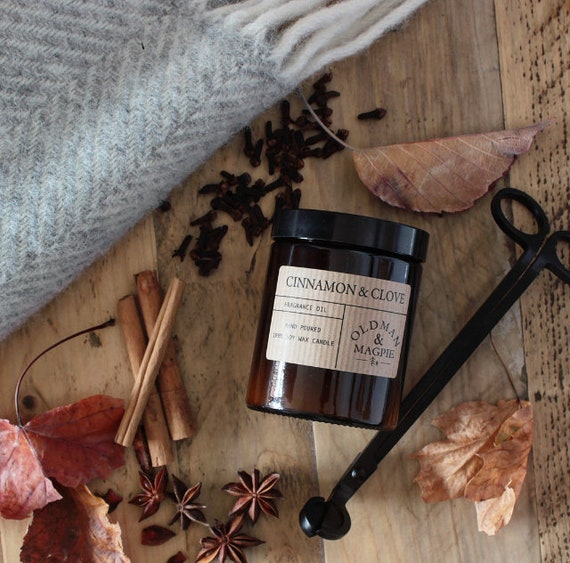 CINNAMON & CLOVE  | 100% Natural Soy Wax Candle - Hand Poured + Vegan Friendly