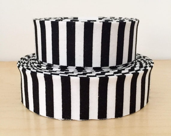 """Riley Blake Stripe Black and White striped Quilt binding- 1.25"""" double-fold cotton"""