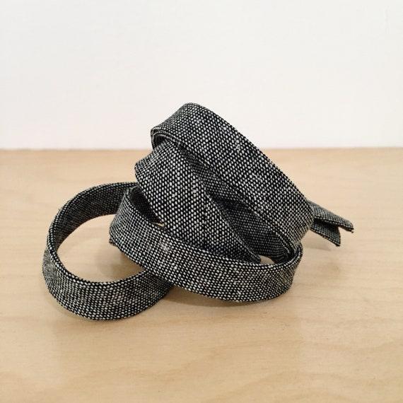 "Bias Tape- Robert Kaufman Essex Yarn-Dyed Black Chambray 1/2"" double-fold binding- 3 yard roll"