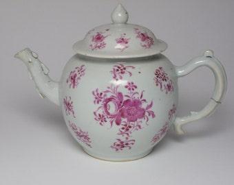 Antique 18th century Chinese porcelain teapot