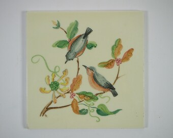 Vintage 1950/60s hand painted Packard and Ord 2 birds and berries pottery tile.