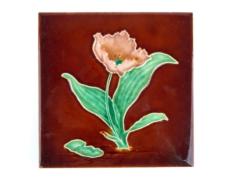 Ltd Art Nouveau pink tulip pottery tile Antique 1900s Henry Richards Tile Co