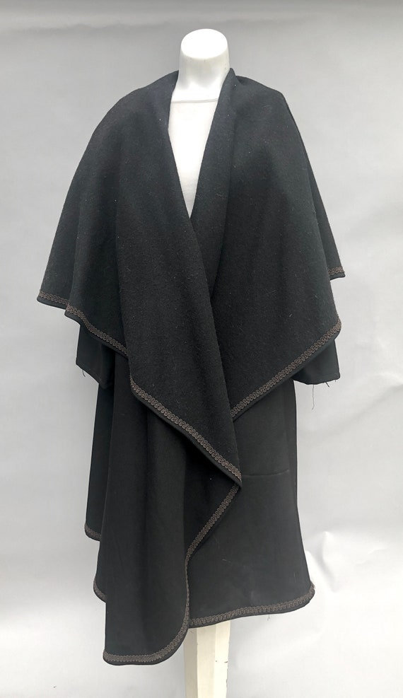 Cloak Shawl Coat Victorian Style