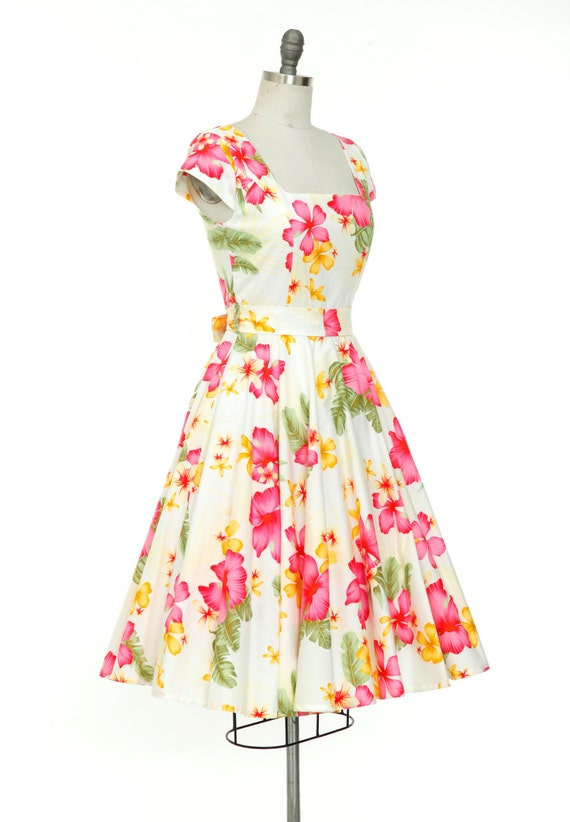Plus Size Hibiscus Flower Dress Retro Dress Tropical Dress Pin Up Dress  Hawaiian Dress Tiki Dress Vintage Style Dress Floral Dress