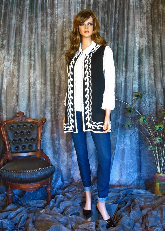 Vintage 1960s Lilli Ann Wool Knit Vest with Rhines