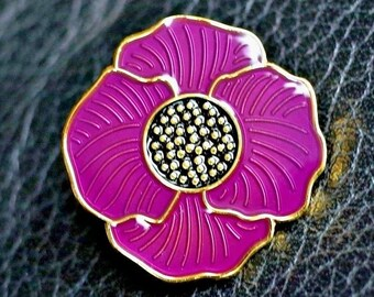 Remember ANIMALS in war Lest we forget Purple poppy pin badge 2020 UK