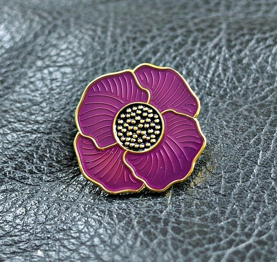 Purple poppy lapel pin badge We served together remembering animals of war Lest we forget ww1  ww2