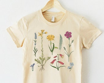 57399e19 Ivory Botanical Shirt, Floral Graphic Tee, Botanical Graphic Tee, Plant  Tshirt, Trendy Graphic T-Shirt, Vintage flower shirt, Flower shirt