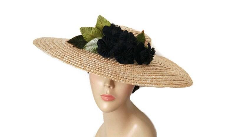 ad56e40fc43d1 Straw hat with black flowers Big black straw hat black sun