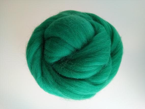 CUSTARD Chunky merino yarn  Giant knitting wool  Super bulky yarn for arm knitting  XXL Extreme Knitting merino wool knit yarn  Color