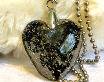Lace black Alencon Resin heart necklace Ready To Ship! Custom jewelry Heart pendant Wire wrapped jewelry Vegan Gifts for her Vegan jewelry