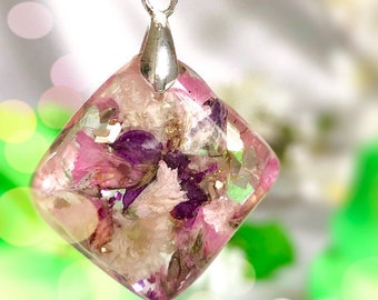Rhombus diamond sparkly pendant flower necklace Glittery petals necklace Custom jewelry Mothers Day gift Custom necklaces Vegan gifts for he