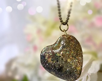 Ombré glitter Resin heart necklace Ready to ship! Custom jewelry Sparkly heart pendant Vegan Gifts for her Druzy jewelry hearts sparkle gift