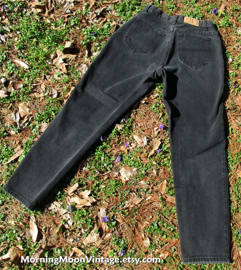 relaxed fit high-waisted Jeans waist 30 inseam 30 tapered leg mom jeans hipster Retro black Denim 90s Lee Riders VINTAGE BLACK JEANS