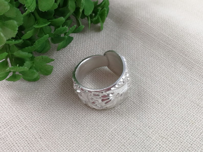 Chunky Thick silver ring Upcycled Silverware jewelry Thumb rings for women Floral SPOON RING Sterling silver Daisy ring Custom size