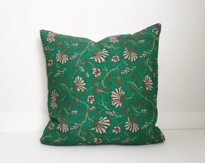Boho Pillow, Designer, Green Pillow, Pillow Covers, Throw Pillow, Decorative Pillows, Bohemian, Boho Pillow, Floral Pillow
