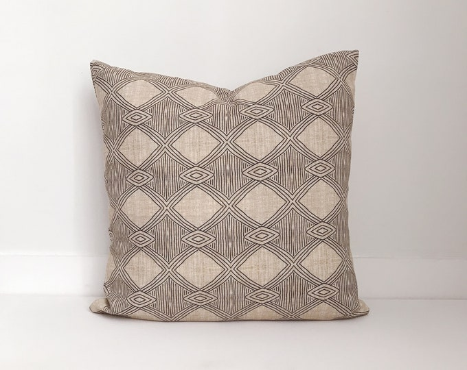 Outdoor Pillows, Pillow cover, Outdoor Boho Pillow, Outdoor Pillow Cushion, Bohemian, Boho, Outdoor Mudcloth Pillow, Neutral Outdoor Pillow