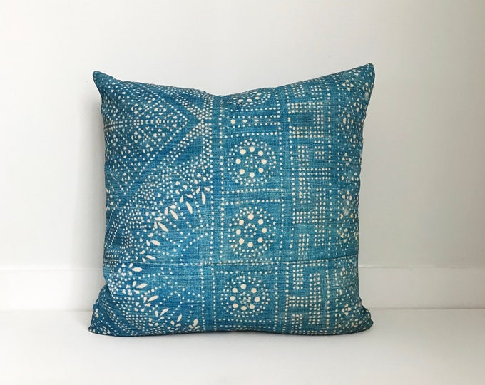 Outdoor Pillows, Pillow cover, Outdoor Boho Pillow, Outdoor Cushion, Bohemian, Boho, Outdoor Indigo Pillow, Batik Pillow, Asian, Hmong