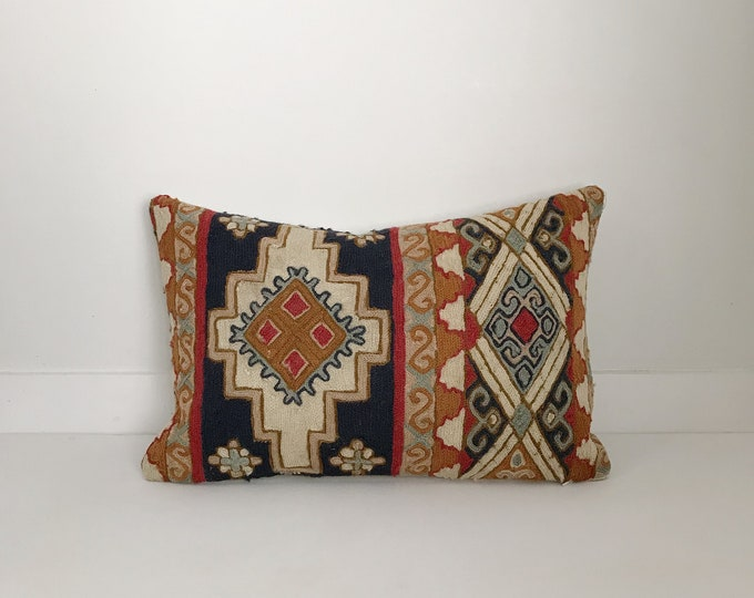 Boho Pillow, Wool Pillow, Lumbar Pillow, Red Pillow, Decorative Pillow, Pillow Covers, Boho Chic, Home Decor, Handmade